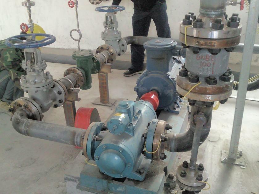远东点火油泵SMH120E46E6.7W23螺杆泵在垃圾焚烧厂调试成功