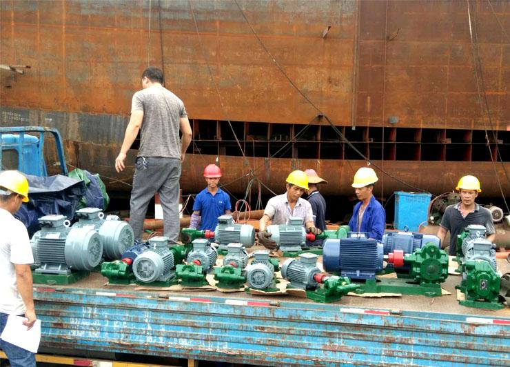 东莞市南祥造船3000T油轮船用油泵全部采用远东螺杆泵油泵和齿轮泵油泵