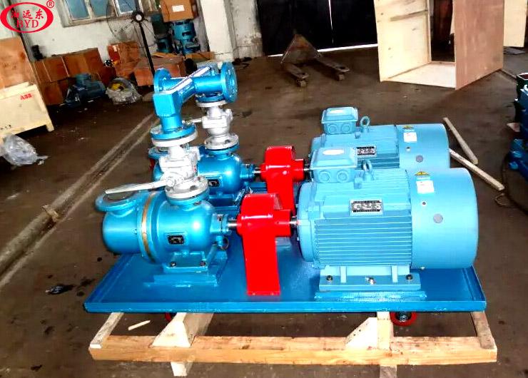 远东泵业为用户定制的3GR70x3w21螺杆泵冷却系统