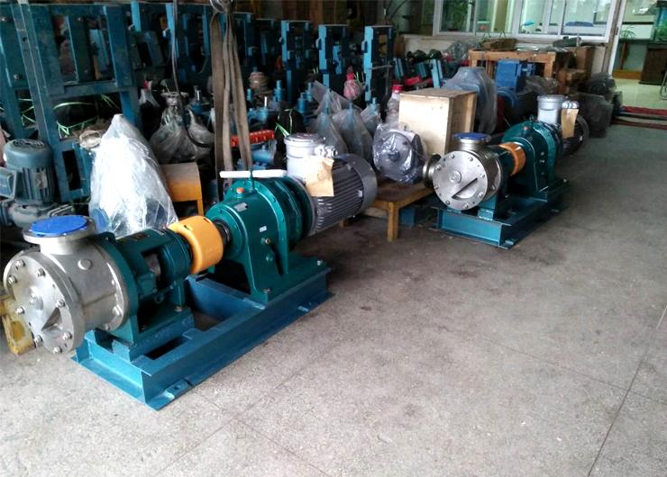 远东头条华峰合成树脂聚氨酯树脂泵选用远东NYP320不锈钢高粘度泵