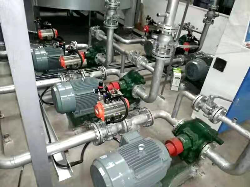 润滑油调和釜循环泵及润滑油成品泵选择哪种齿轮泵好