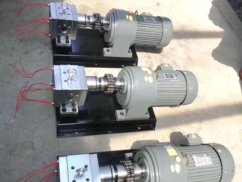 熔喷布挤出机专用熔喷布计量泵耐温输送出流量稳定压力高
