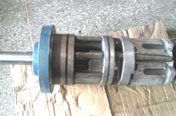 离心机专用三螺杆泵